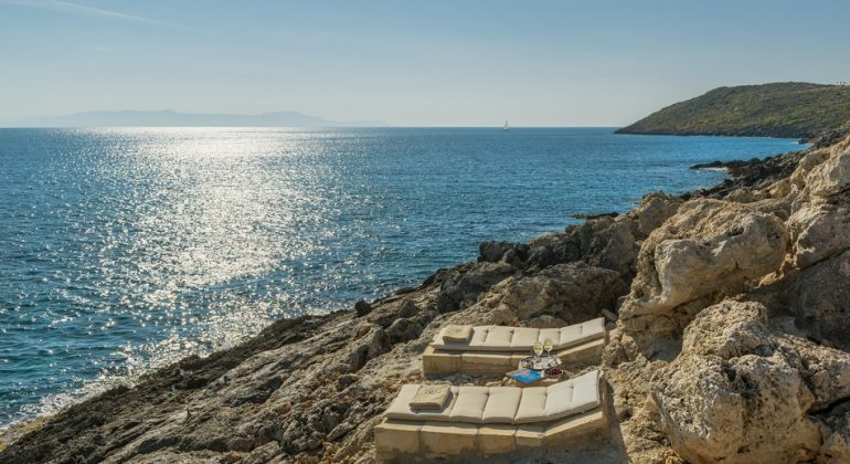 A private path leads to the sea...You can lay on he sunbeds and enjoy the view...