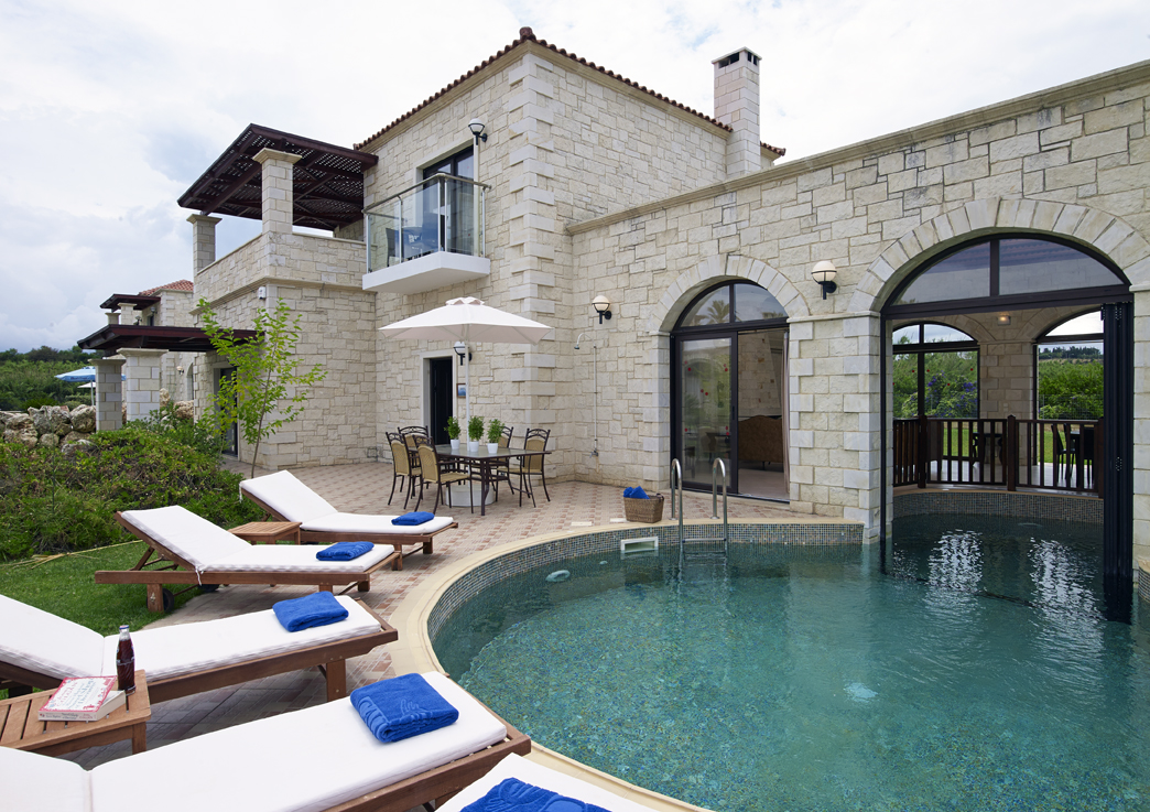 Platanias luxury 2 bedroom villa authentic crete villas for Beautiful villas images