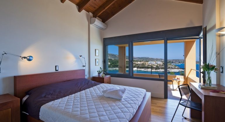 Double bedroom with large balcony