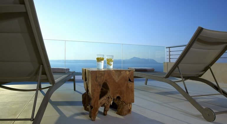 High quality outdoor furniture-Top floor terrace