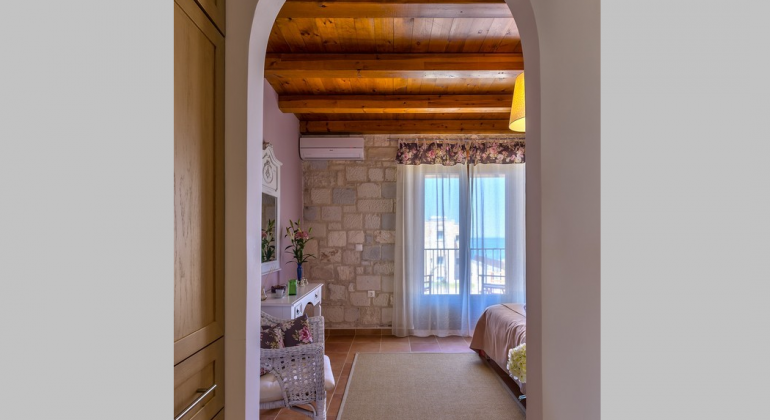 Master bedroom arch entrance