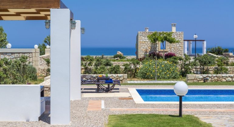 Pool terrace with views to the sea