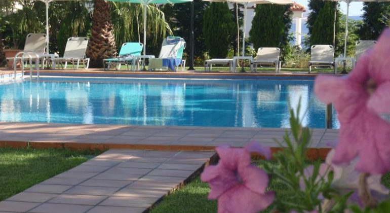 The pool (2)
