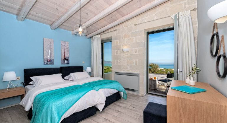 Twin bedroom with views