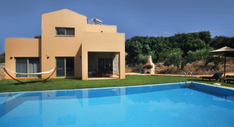 Villa and large pool